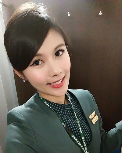 長榮航空(エバー航空)の美人CA 潘蜜拉(Pamela Fang) 7