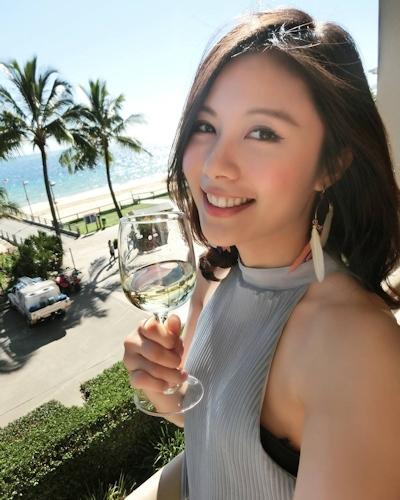 長榮航空(エバー航空)の美人CA 潘蜜拉(Pamela Fang) 12