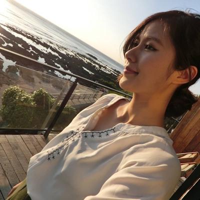 長榮航空(エバー航空)の美人CA 潘蜜拉(Pamela Fang) 15