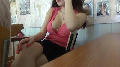 海外の女子学生のセクシー画像 4