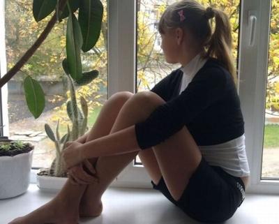 海外の女子学生のセクシー画像 9