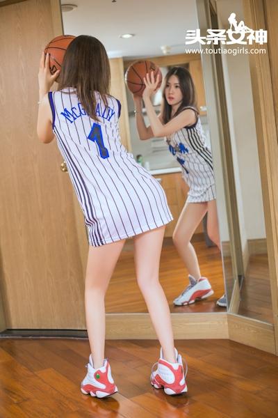 バスケットボール美女 セミヌード画像 2