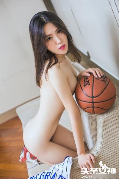 バスケットボール美女 セミヌード画像 23