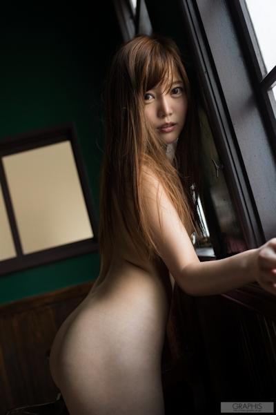榊梨々亜 ヌード画像 15