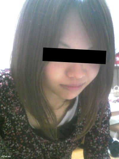 日本の素人美女の流出ピンクマンコ画像 2