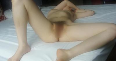 美乳なアジアン女性のヌード画像 10