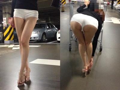 ハミ尻してるホットパンツ女性のセクシー画像 4