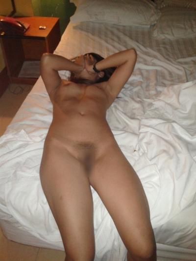 ミャンマー女性をホテルで撮影したヌード画像 7
