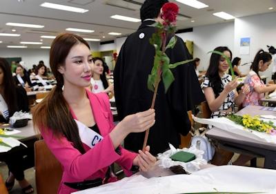 ミス・インターナショナル各国代表が東京で「いけばな」体験 6