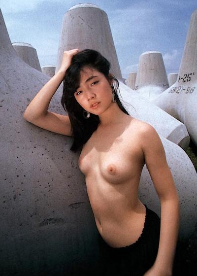 高樹沙耶 セクシーヌード画像 6