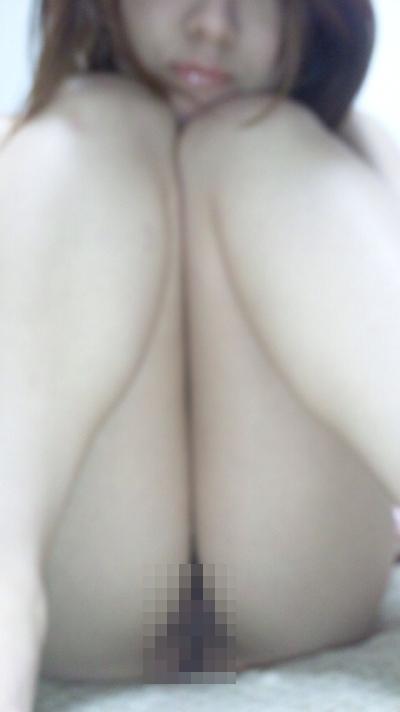 素人美女の自分撮りヌード流出画像 8