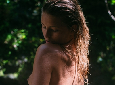ベルギーモデル Marisa Papen(マリシア・パーペン) 大自然の中で撮影したヌード画像 5
