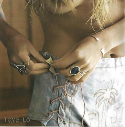 Tove Lo (トーヴ・ロー)がニューアルバムにトップレス写真 5