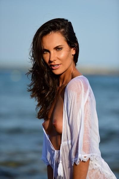 ドイツモデル Simone Voss(シモーネ・ボス) Playboyのヌード画像 1