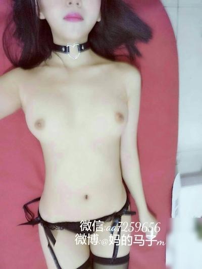 中国の美乳美少女 妈的马子m 自分撮りヌード画像 12