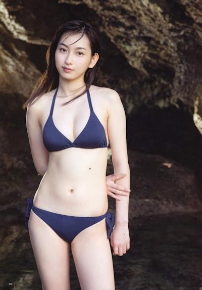 植村あかり ビキニ画像 19