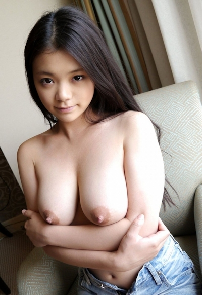 美女のおっぱい画像 20