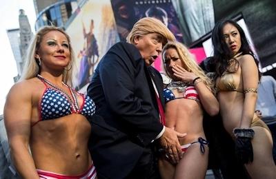 トランプが大統領になったらこんな感じにセクハラ三昧?という画像 8