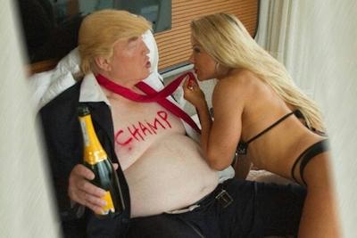 トランプが大統領になったらこんな感じにセクハラ三昧?という画像 16