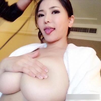 AV女優のセクシーな自分撮り画像 5