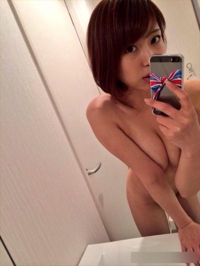 AV女優のセクシーな自分撮り画像 10