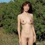 日本の素人女性の野外露出ヌード画像特集2