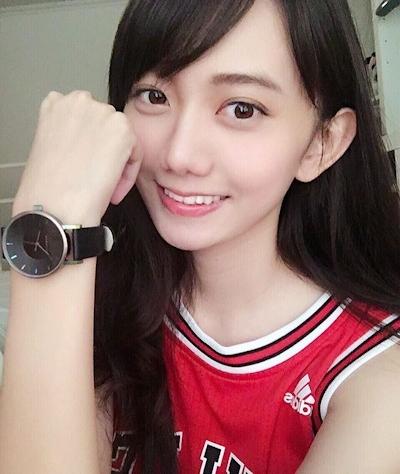 台湾の羅晴(ilbettylo)さんがアイドル級に可愛いとInstagramで話題 4