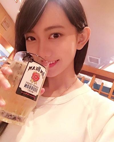 台湾の羅晴(ilbettylo)さんがアイドル級に可愛いとInstagramで話題 5