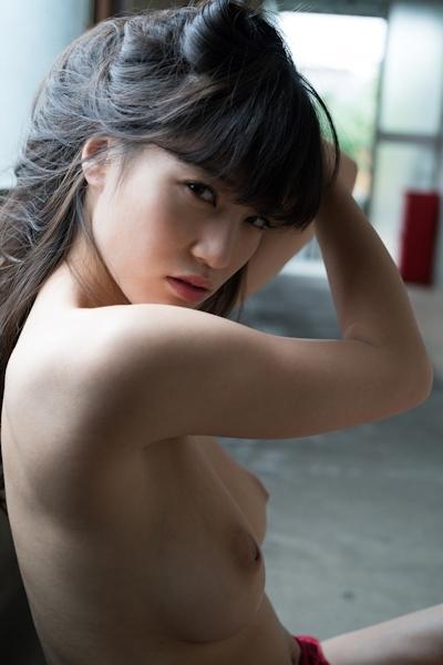高橋しょう子(高崎聖子) セクシーヌード画像 11
