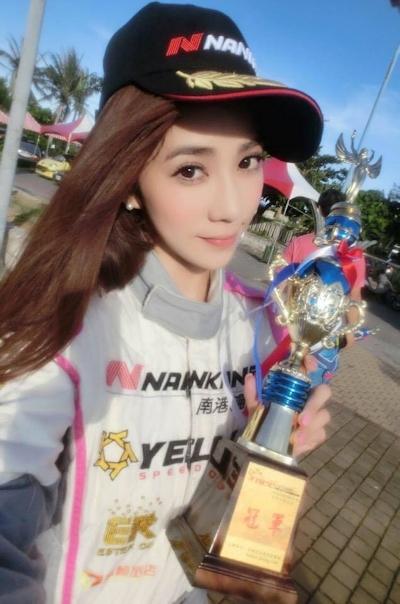 台湾No.1美人レースドライバー 安小蕎(Angel-Ann) 7