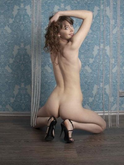 ロシア美女のヌード画像 16