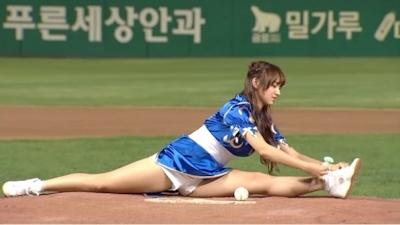 宇宙少女 ソンソ 春麗コスプレで始球式 3