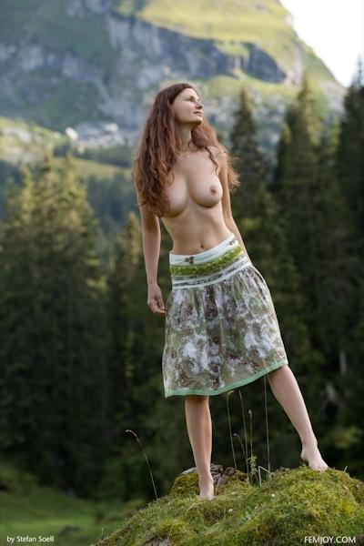 Kinga Nude 1