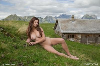 Kinga Nude 7