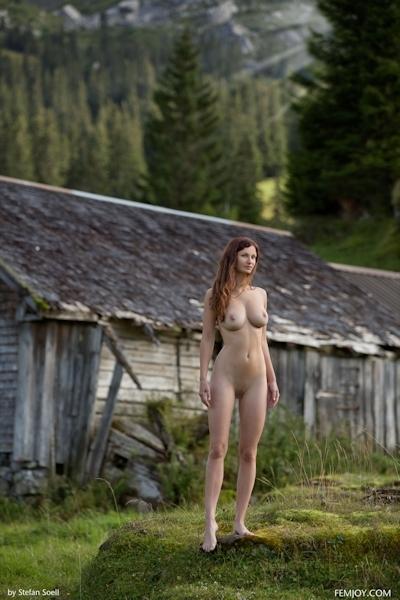 Kinga Nude 9