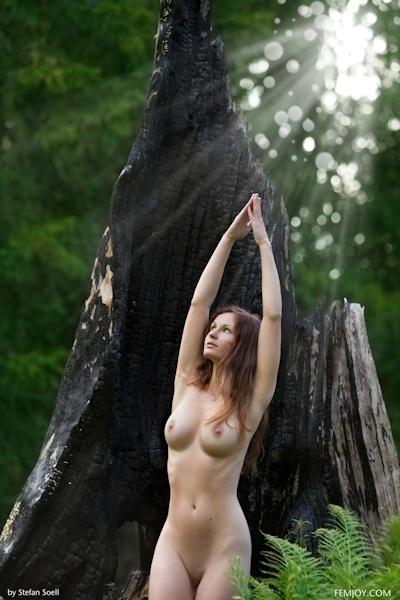 Kinga Nude 12