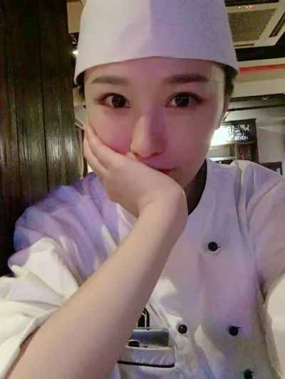 中国・杭州のパティシエ 黄岁穗さんが美人と話題 1