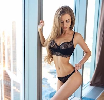 ロシアの美女モデル Valenti Vitel(ヴァレンティ・ヴィテル)のくびれボディがスゴイ 5