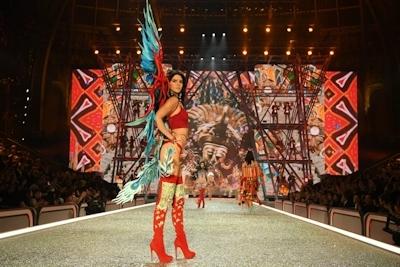 Victoria's Secret(ヴィクトリアズ・シークレット) ファッションショー2016 2