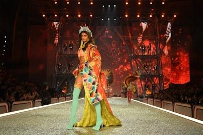 Victoria's Secret(ヴィクトリアズ・シークレット) ファッションショー2016 3