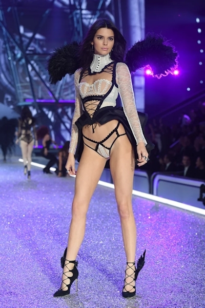 Victoria's Secret(ヴィクトリアズ・シークレット) ファッションショー2016 5