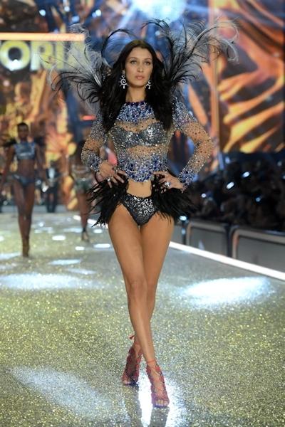 Victoria's Secret(ヴィクトリアズ・シークレット) ファッションショー2016 16