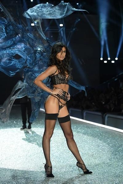 Victoria's Secret(ヴィクトリアズ・シークレット) ファッションショー2016 21