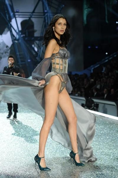 Victoria's Secret(ヴィクトリアズ・シークレット) ファッションショー2016 28