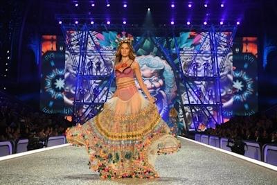 Victoria's Secret(ヴィクトリアズ・シークレット) ファッションショー2016 31