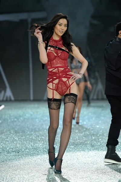 Victoria's Secret(ヴィクトリアズ・シークレット) ファッションショー2016 32