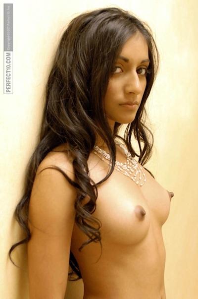 インド素人美女のヌード画像 23