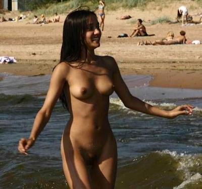 インド素人美女のヌード画像 25