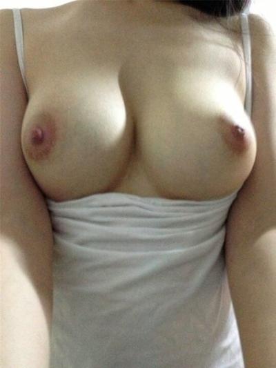 美巨乳なガールフレンドのヌード画像 7