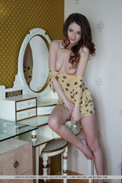 Loretta A Nude 3